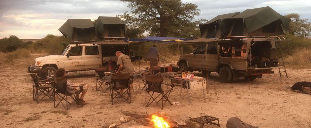 kamperen in kalahari woestijn